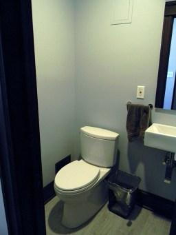 bathroom034