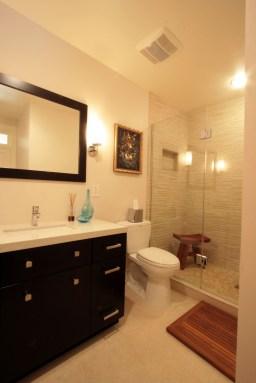 bathroom056