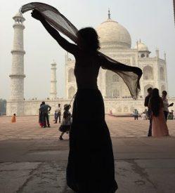 Debs India Blog - 2019 Nov 01 - Taj Mahal Dance