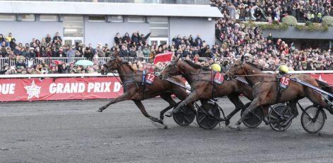 Mia Törnberg / Sulkysport | Belina Josselyn (12) and her trainer, Jean-Michel Bazire, winning the 2019 Prix d'Amerique Sunday at Vincennes.