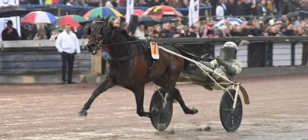 Gerard Forni | Propulsion (Örjan Kihlström) were impressive while winning the $315,000 Olympiatravet on Saturday at Åby racetrack in Sweden.