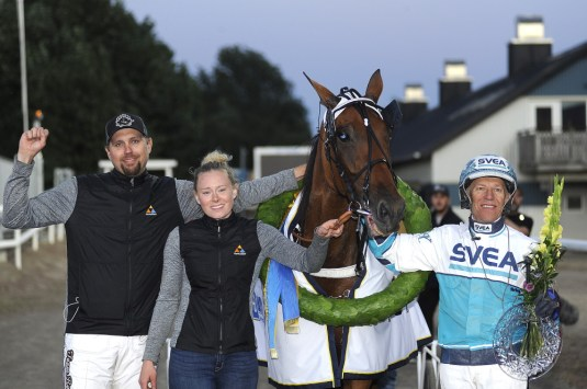 Jörgen Tufvesson/ALN | Afterward, Double Exposure's trainer, Daniel Redén (left) was emotional about the win.