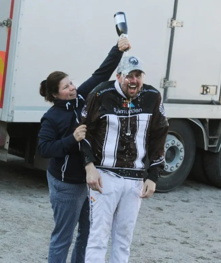 Adam Ström / stalltz | A year after thinking he won his first Elitloppet with Propulsion, Redén earned a champagne shower for winning Sweden's biggest race with Don Fanucci Zet.