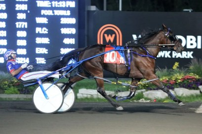 New Image Media   Twin B Sunkissed (Sylvain Filion) getting her first win of 2021 in a F-NW2R15000L at Woodbine Mohawk Park on Aug. 12 with a 1:51.3 personal best.