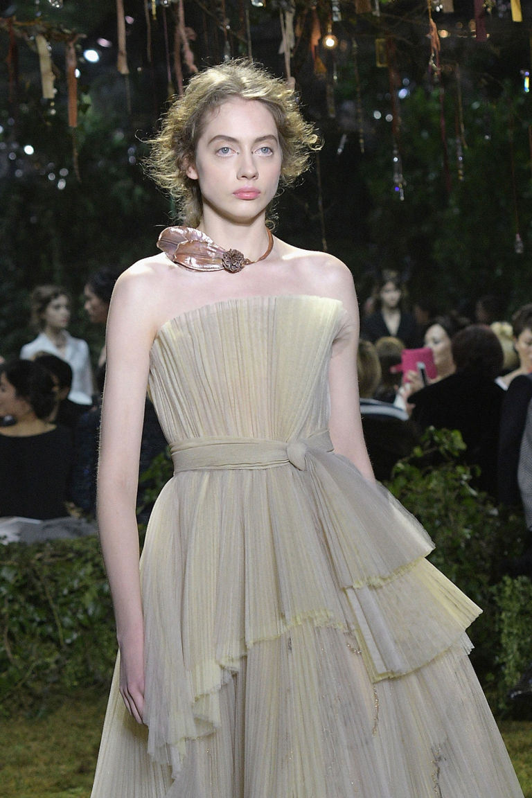 Dior couture pleats