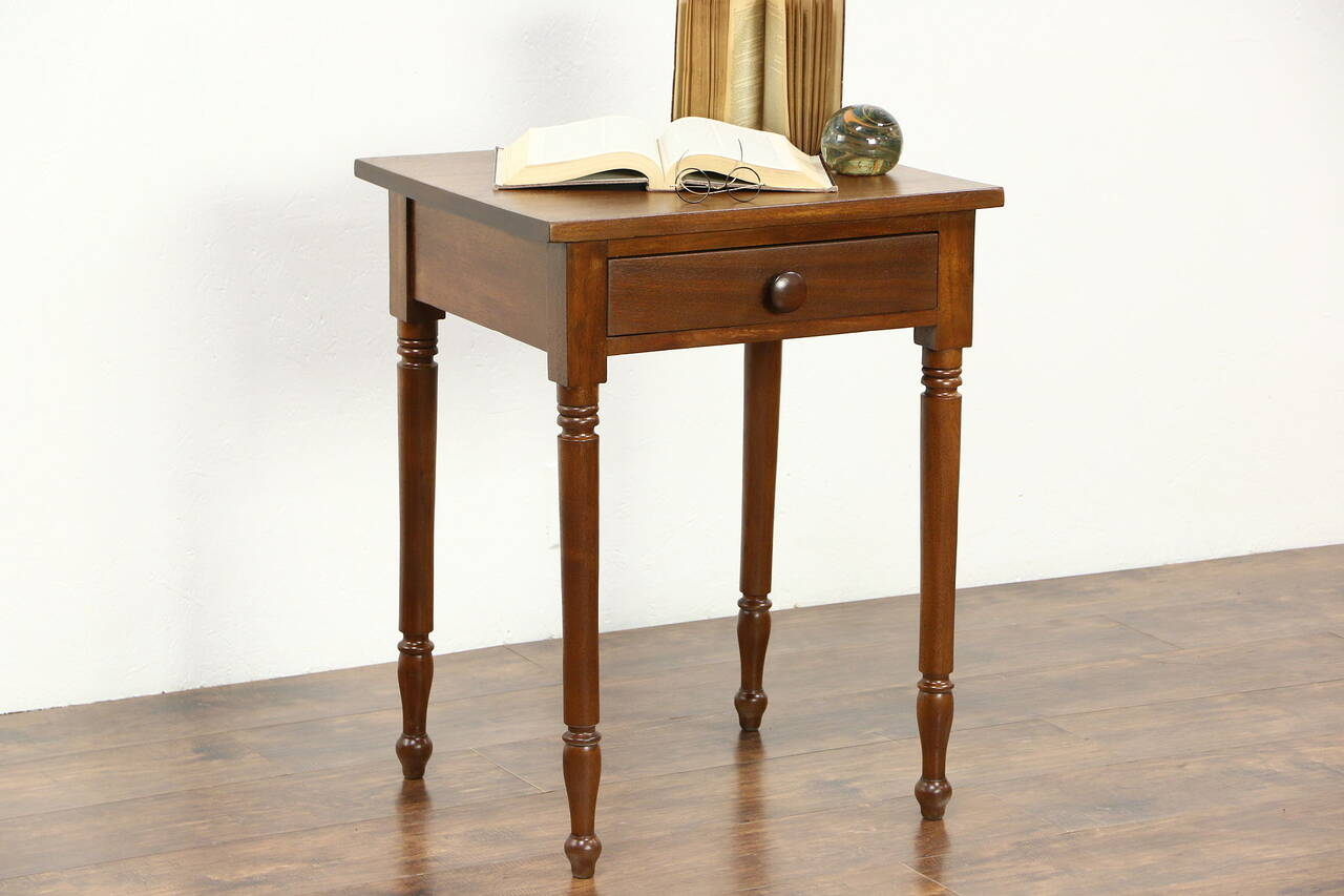Walnut 1830 Antique Lamp Or End Table, Nightstand