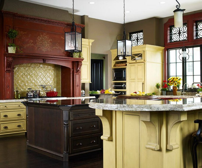 A Touch of Italy Kitchen Cabinets