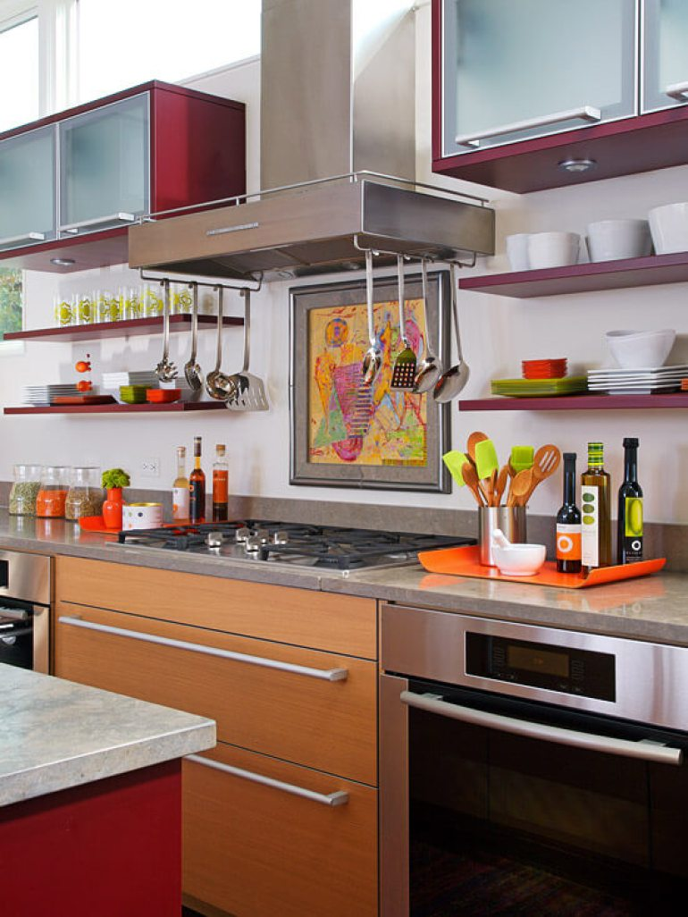 Easy-Access Kitchen Cabinets