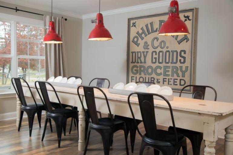 Dining Rom Wall Decor Ideas: Vintage Sign - harpmagazine.com