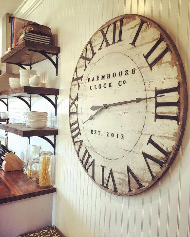 Dining Room Wall Decor Ideas- An Old-Fashioned Clock for a Farmhouse Look - harpmagazine.com