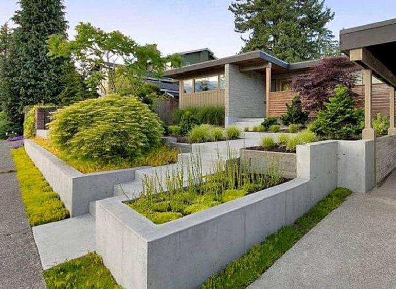 Modern Stepped Beds Front Yard Landscaping Ideas