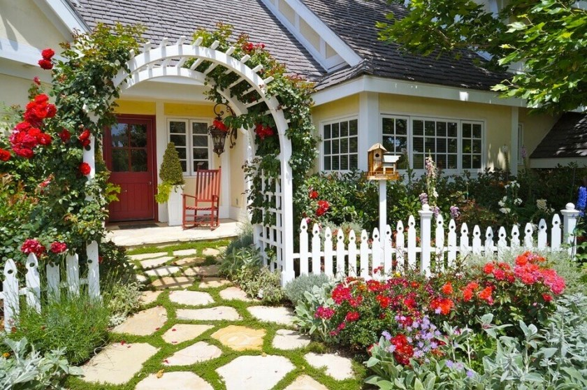 Charming Rose Arbor Front Yard Landscaping Ideas
