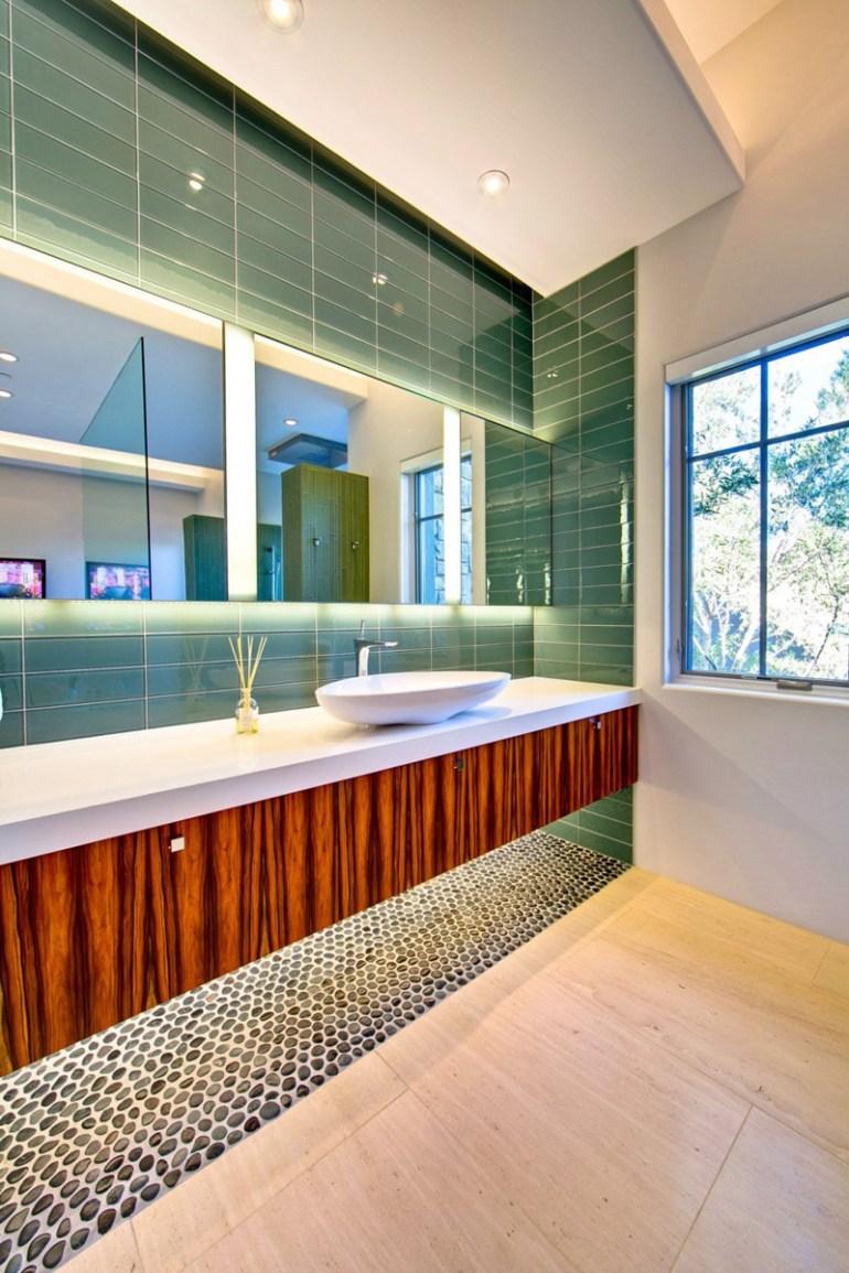 Bathroom Mirror Ideas - Backlit Mirrors - harpmagazine.com