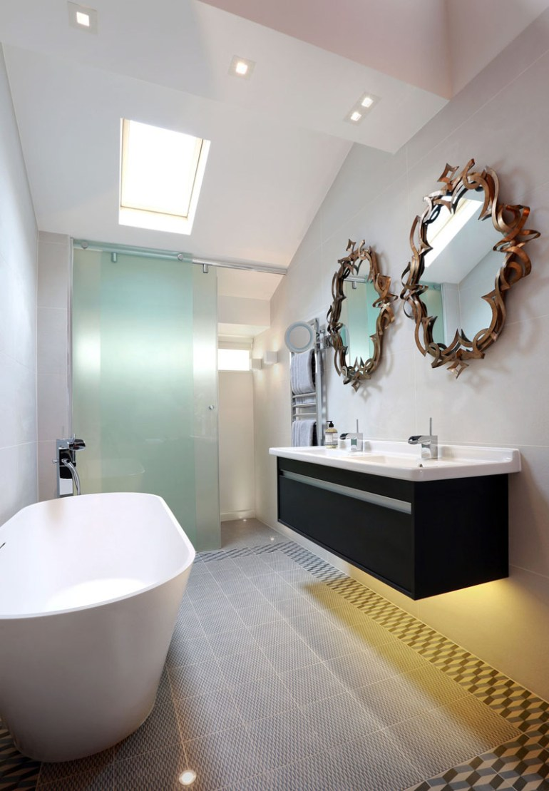 Bathroom Mirrors Ideas - Artistic Mirrors - harpmagazine.com