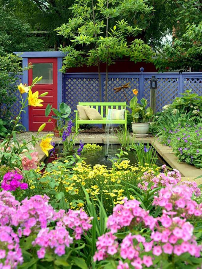 Backyard Landscaping Ideas - The Sound of a Fountain - harpmagazine.com