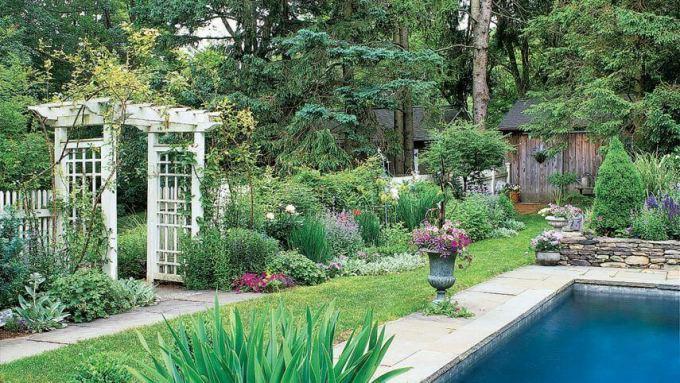 Backyard Landscaping Ideas - Garden Arbor - harpmagazine.com