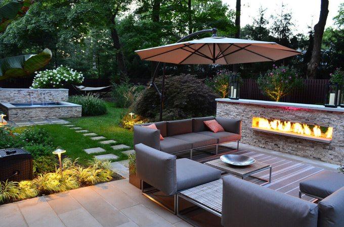 Backyard Landscaping Ideas - Outdoor Living Room - harpmagazine.com