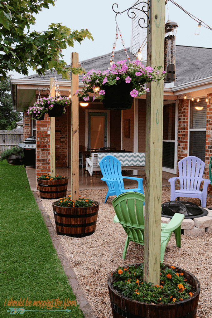 Backyard Landscaping Ideas - Finding Room for Color - harpmagazine.com