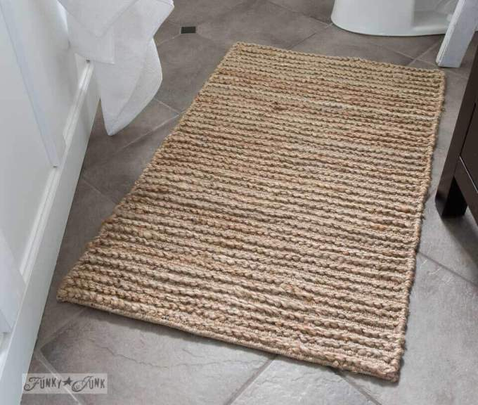 Farmhouse Bathroom Decor Ideas - Rustic Sisal Farmhouse Bathroom Rug - harpmagazine.com