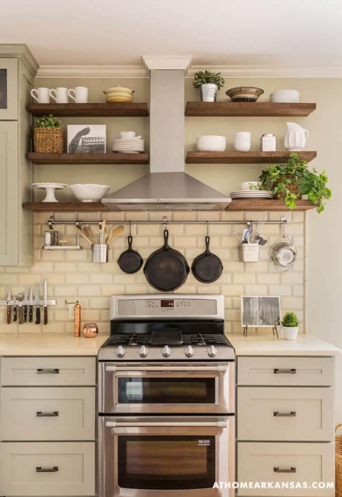 Farmhouse Kitchen Decor Design Ideas - Farmhouse Color Scheme Soft Silver White and Wood - harpmagazine.com