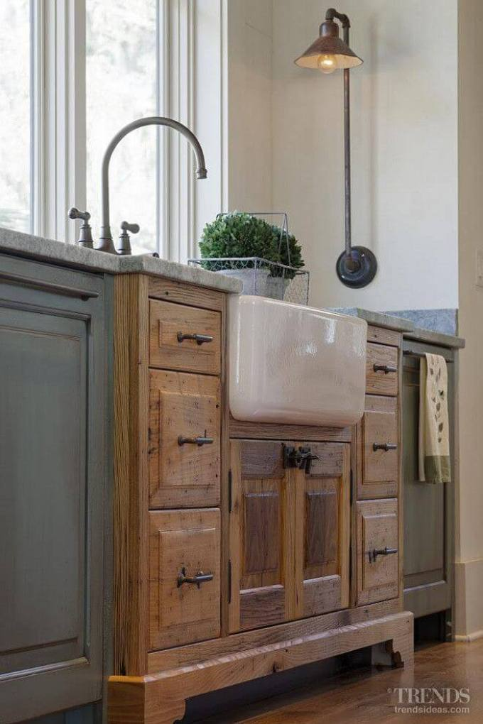 Farmhouse Kitchen Decor Design Ideas - Porcelain Farmhouse Sink in Vintage Cabinet - harpmagazine.com