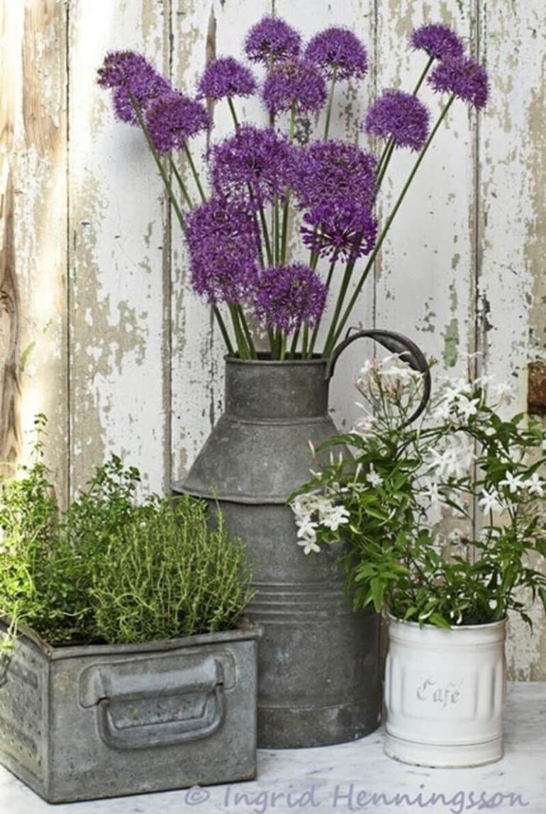 Front Door Flower Pots Ideas - Rustic Galvanized Metal Porch Planters - harpmagazine.com