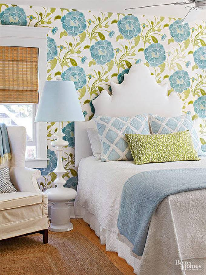 Master Bedroom Decor Ideas - Bold and Blue - Harpmagazine.com