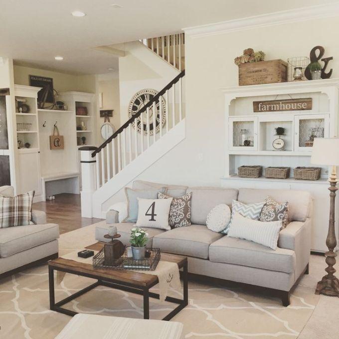 Rustic Chic Living Rooms Ideas - Elegant Oldime Farmhouse - harpmagazine.com