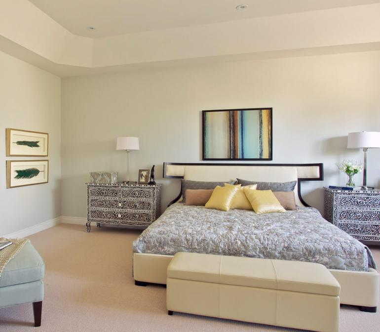 Modern Master Bedroom Decor Ideas - One Color, Endless Possibilities - Harpmagazine.com