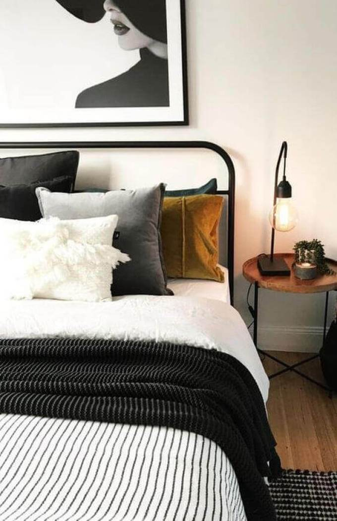 Black and White in Small bedroom ideas - Harppost.com