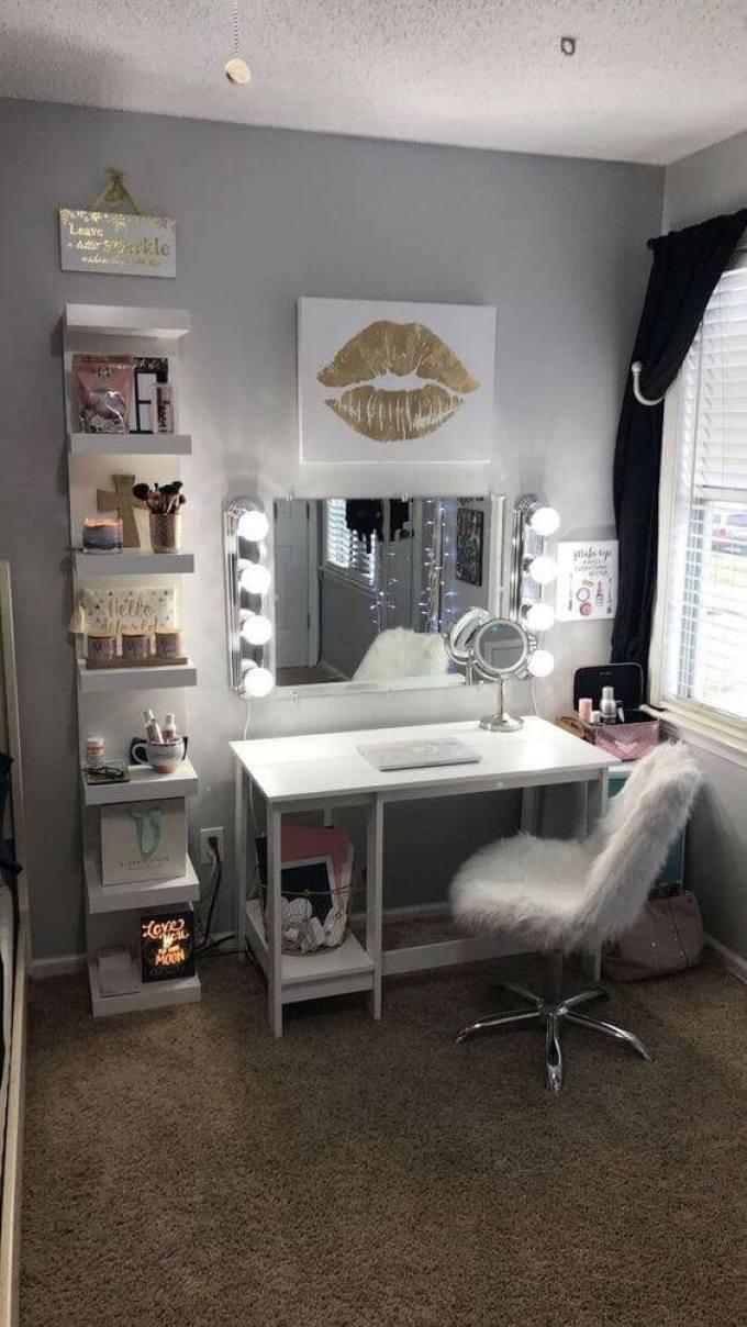 28+ DIY Simple Makeup Room Ideas, Organizer, Storage and ... on Makeup Room Ideas  id=26826