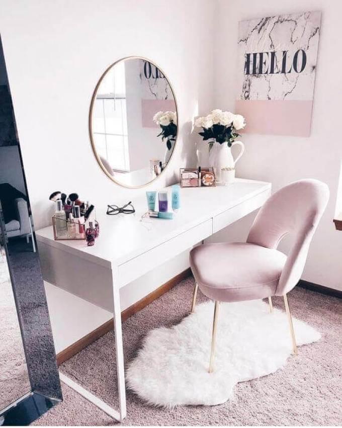 Girly Pink Makeup Room Ideas - Harppost.com