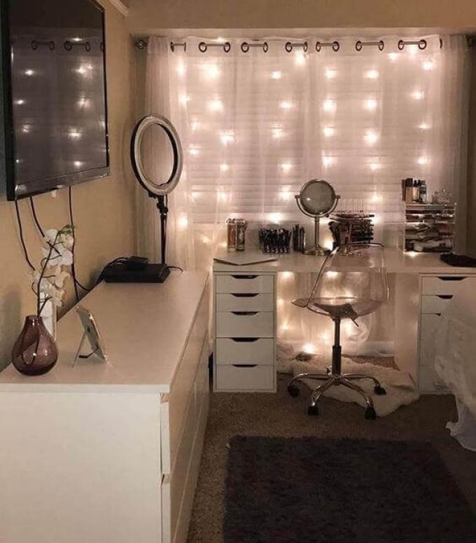28+ DIY Simple Makeup Room Ideas, Organizer, Storage and ... on Makeup Room Ideas  id=76356