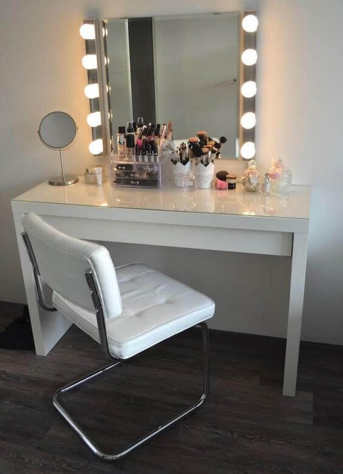 28+ DIY Simple Makeup Room Ideas, Organizer, Storage and ... on Makeup Room Ideas  id=32054