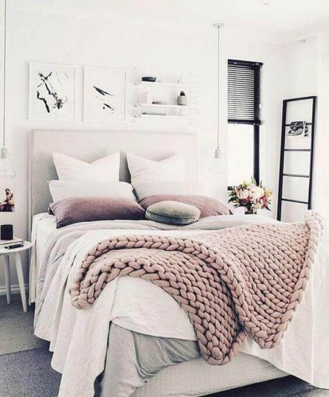 Small Bedroom Ideas with Light Shades - Harppost.com