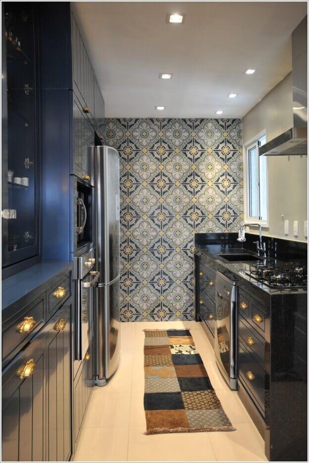 11.Classic-Wallpaper-for-a-Modern-Kitchen.jpg (624×934)