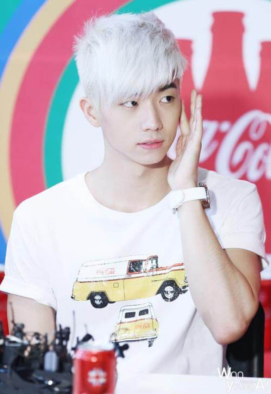 Platinum Blonde Asian Hairstyle Men - Harptimes.com