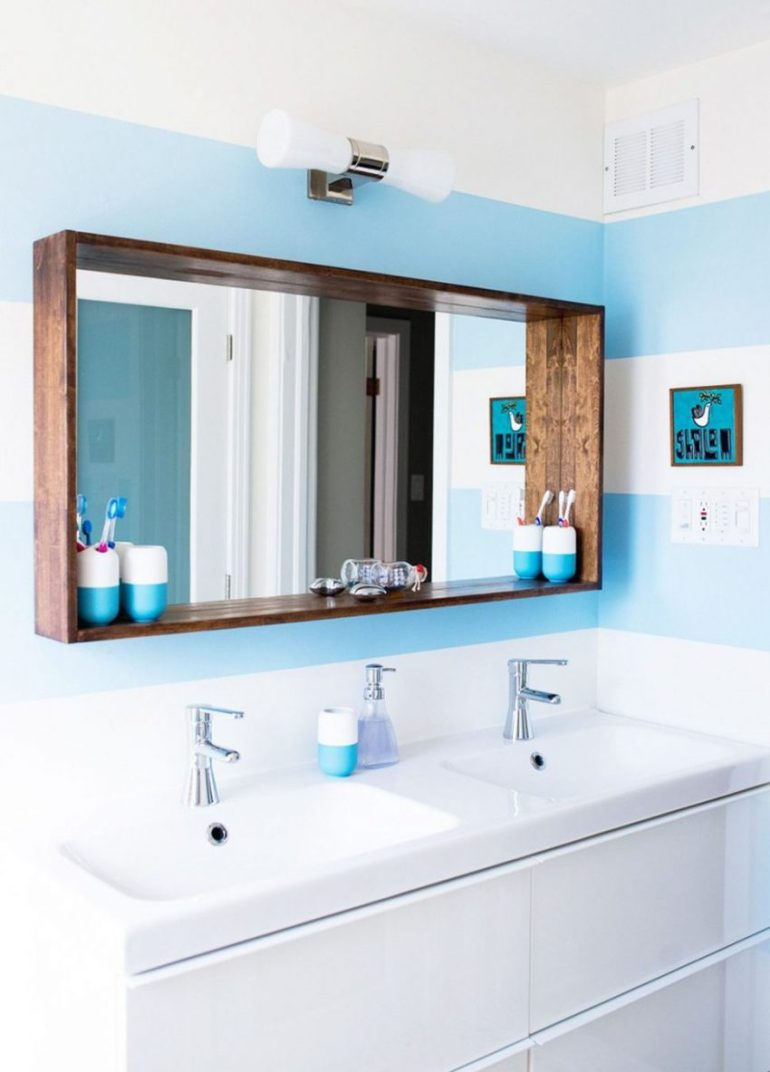 19. Fantastic Mirror Ideas with Wooden Frame - Harptimes.com