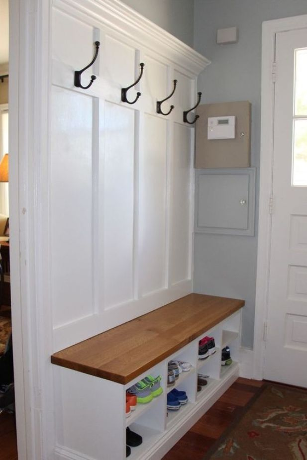small mudroom ideas - 2. Simple Mudroom with Bench - Harptimes.com