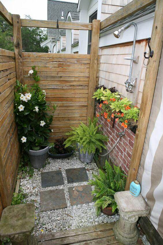 Outdoor Shower Ideas with Potted Plants - Harptimes.com