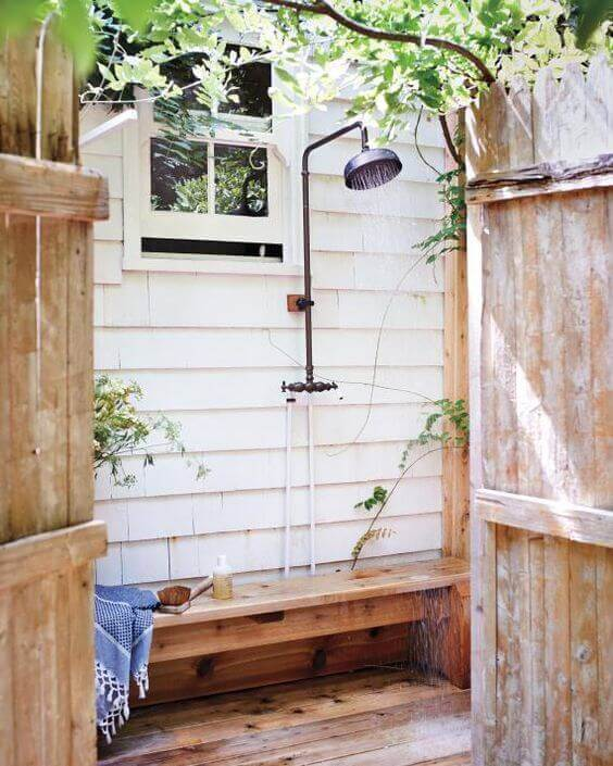 Simple Outdoor Shower Ideas with Bench - Harptimes.com