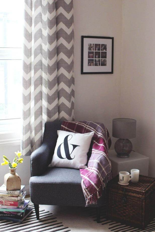 Curtains Living Room Ideas with Two-Toned Chevron Patterns