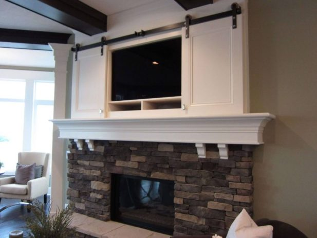 Beach House-Style Corner Fireplace with TV Above Ideas