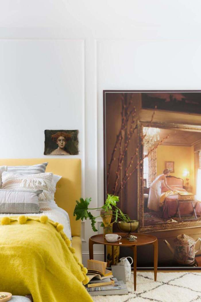 Best Master Bedroom Ideas 11 Lean Large Artwork