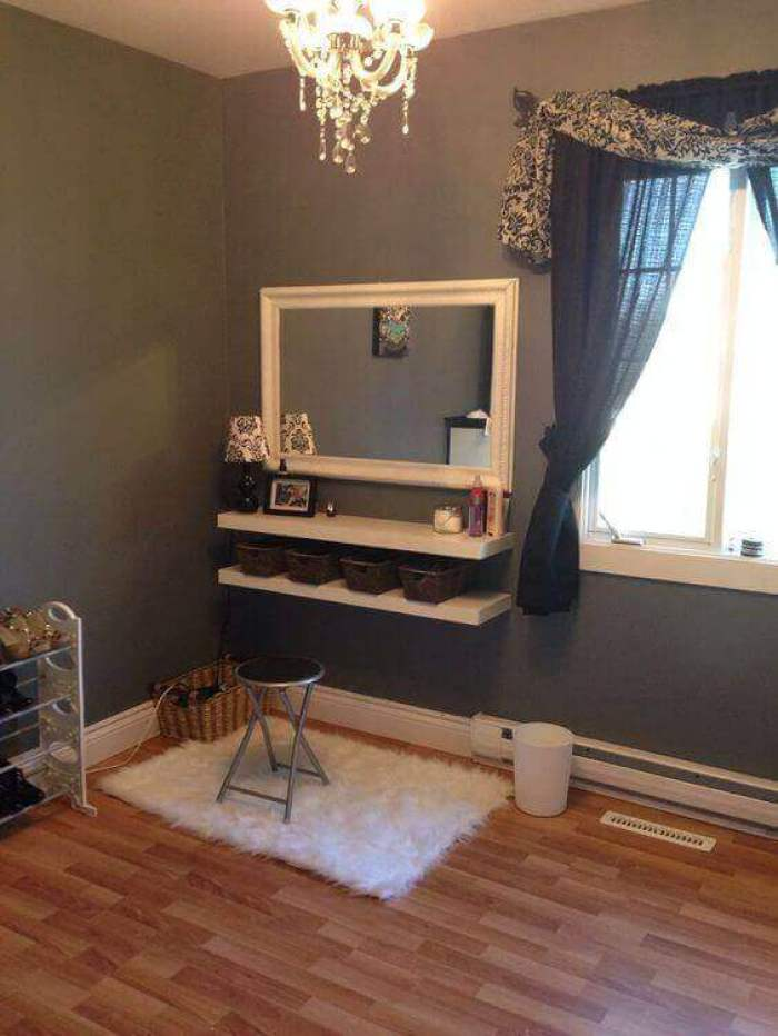 DIY Vanity Mirror with Natural Lights - Harptimes.com