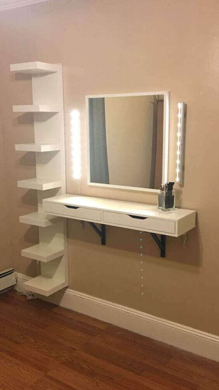 Simple yet Classy DIY Vanity Mirror with Lights - Harptimes.com