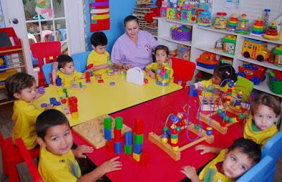 Membuat Anak Cerdas dengan Pola Asuh beroreantasi anak Kreatif