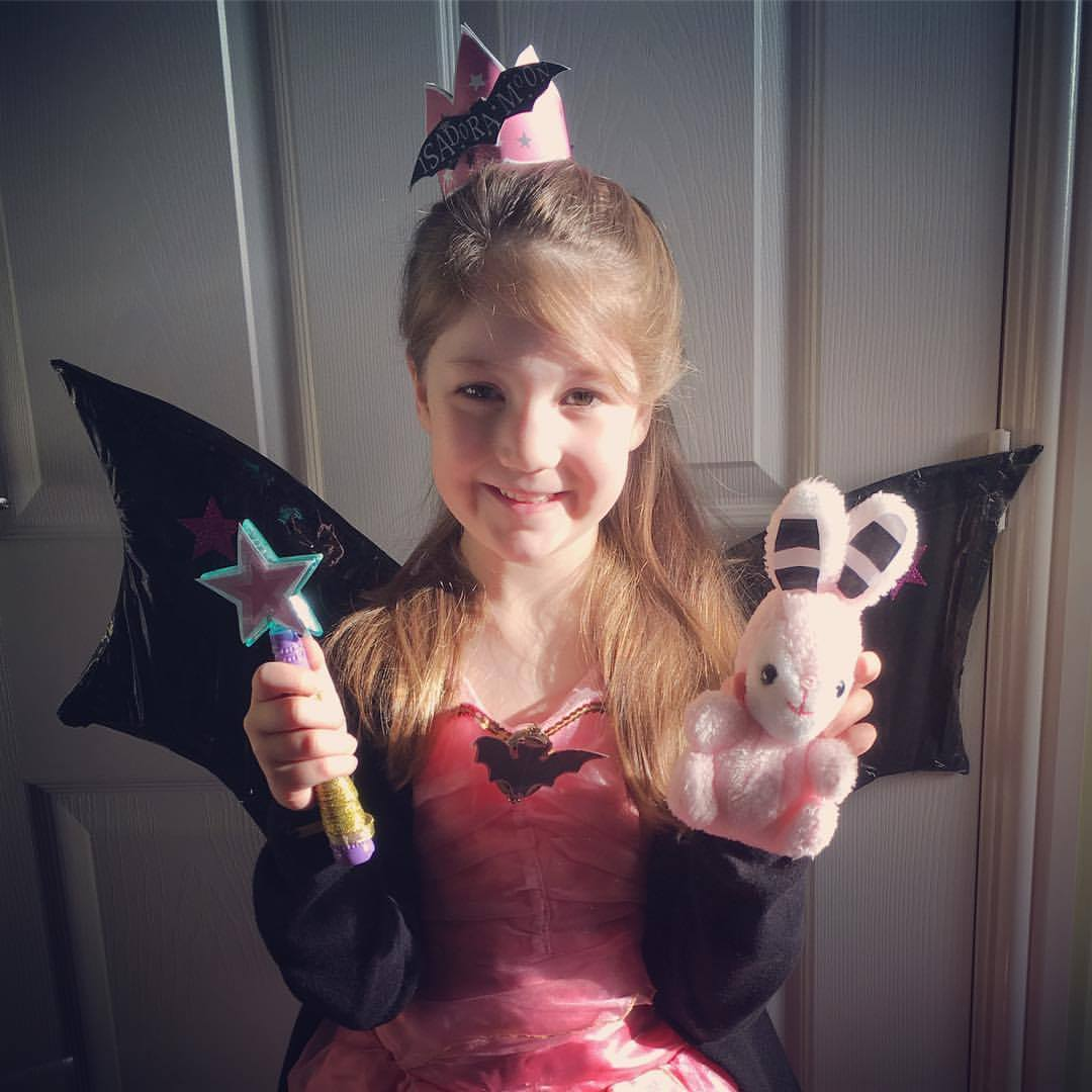 Isadora Moon Halloween Costume 3