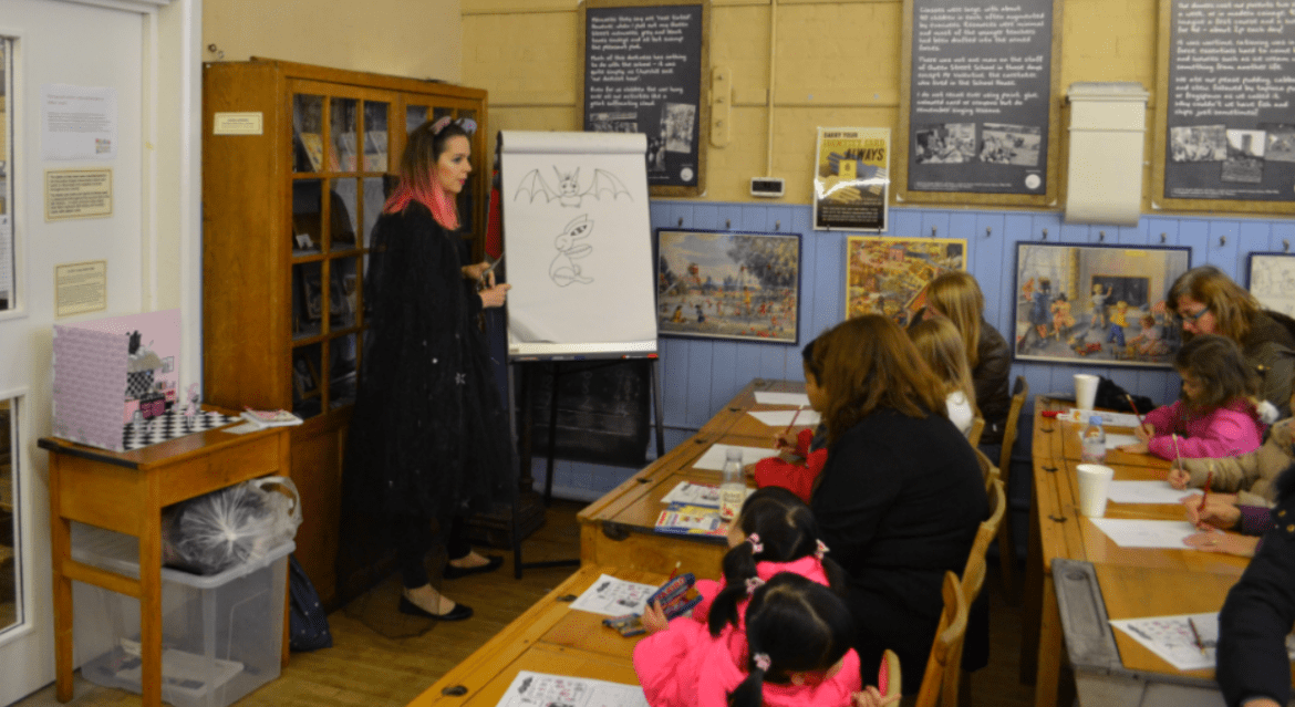 Harriet Muncaster drawing at Hitchin Childrens Book Festival