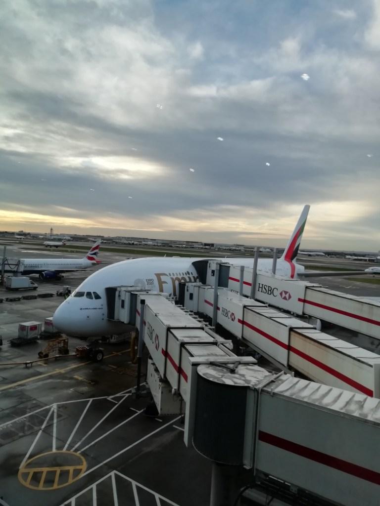 Aeroplane to Dubai